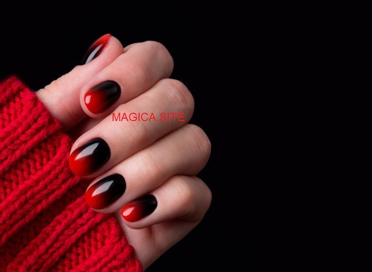 осенний маникюр, омбре, маникюр градиент, красный свитер, красные ногти, чёрный маникюр, дизайн ногтей