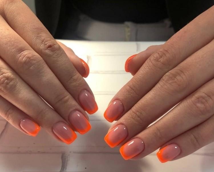 Оранжево-нюдовый летний френч