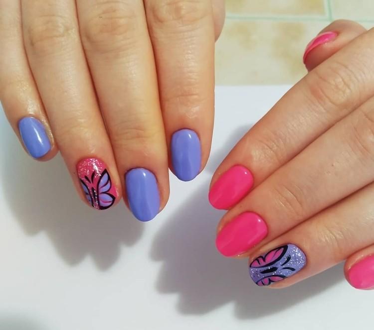 Яркий летний розово-сиреневый маникюр с бабочками