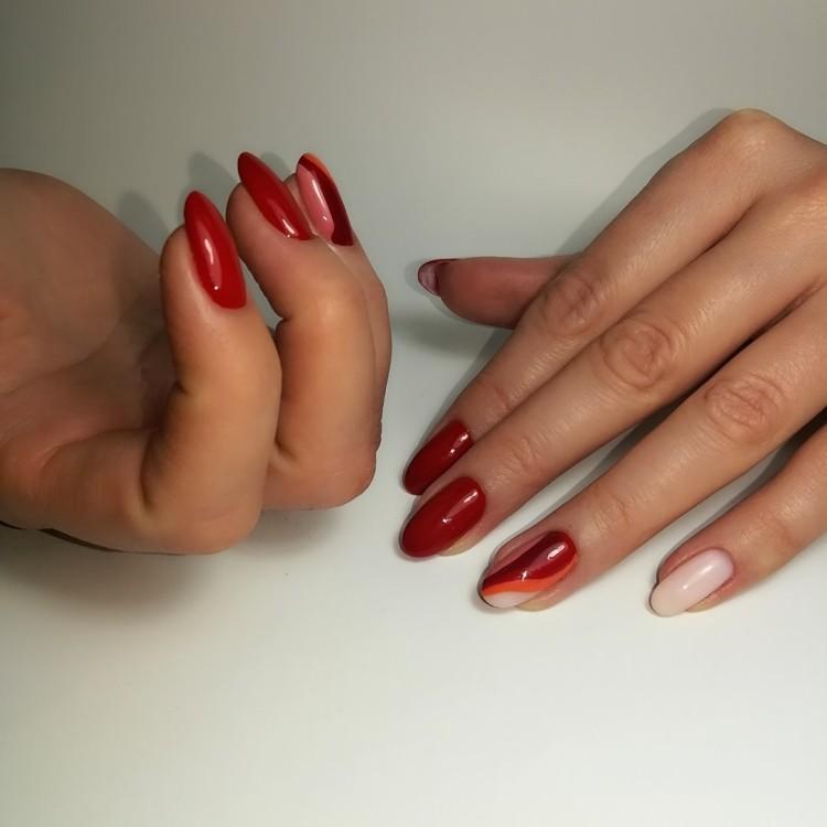 Красно-оранжевый маникюр