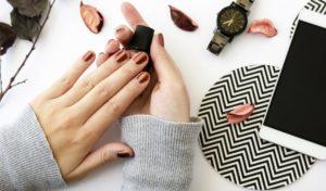 осенний маникюр, маникюр на короткие ногти, металлические ногти
