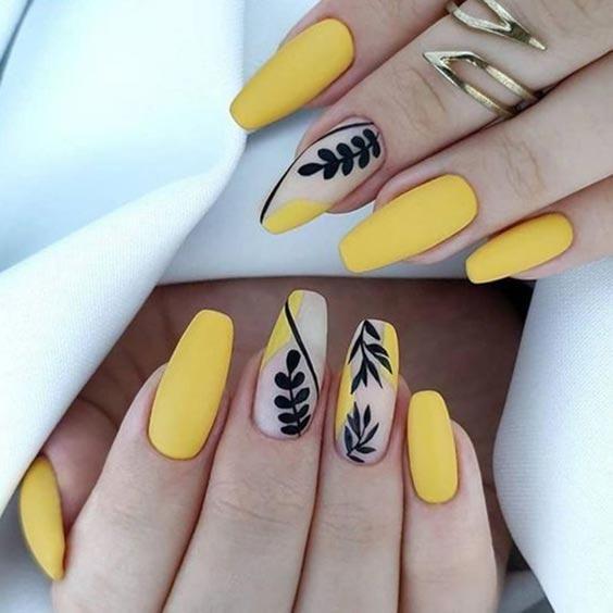 стемпинг маникюр, рисунки на ногтях, картинки на ногти, модный маникюр 2021