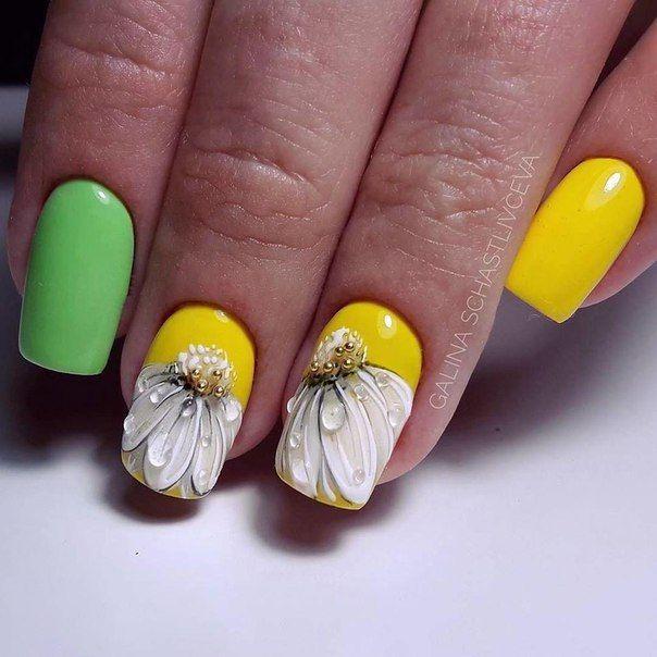 цветочный маникюр, цветы на ногтях, маникюр 2021, контрастный маникюр, яркий маникюр, цветочный принт, нейл арт